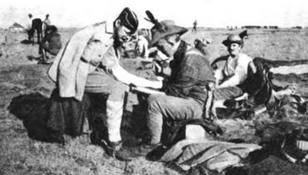 Tom Riley Tattooing officers during the Second Boer War